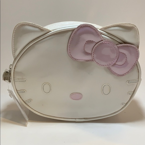 Hello Kitty Handbags - HELLO KITTY Cosmetic Pouch